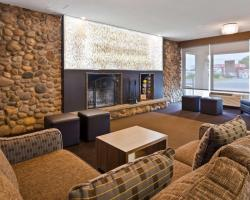 Best Western Plus Ottawa Kanata Hotel and Conference Centre