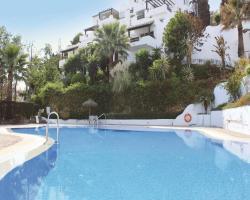 Apartment Urb. La Mairena Blq 3, 33A