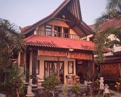 Tradisi Villas