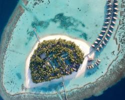 Vakarufalhi Island Resort & Spa