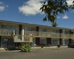 Aaron Court Motel