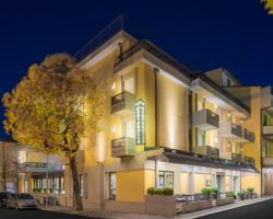 Hotel Montebello