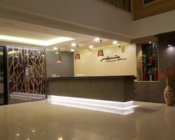 Naris Art Hotel