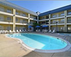 Quality Suites Rockville