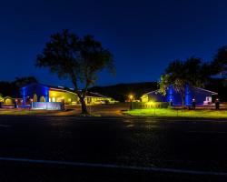 Fort Davis Inn & RV Park