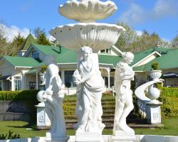 Country Villa Estate
