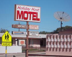Holiday Host Motel
