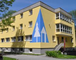 Eduard-Heinrich-Haus, Hostel