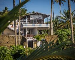 Cocoplant Surf Inn