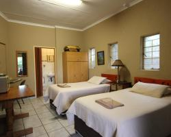 Ingwe Guesthouse