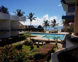 The Beachcomber Hotel & Resort