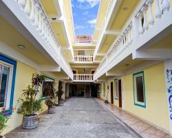 HC Blau Mar Hostel & Hotel