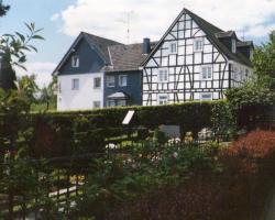 Monteurhotel Garni Alter Olper Hof