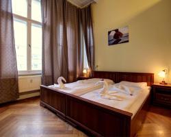 Hotel Pension Bernstein am Kurfürstendamm