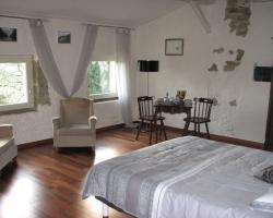 Chambres d'Hôtes Domaine Saint-Joly