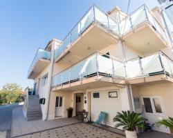 Apartments Cavar