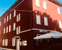 Venice Apartments Dante