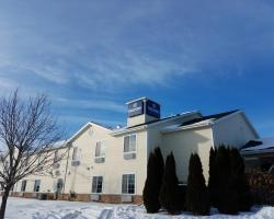 Boarders Inn and Suites of Oshkosh