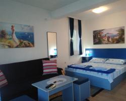 Blue Apartments & Suites
