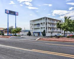 Motel 6 Flagstaff East - Lucky Lane