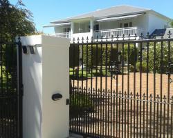 No.10 Caledon Street Guest House