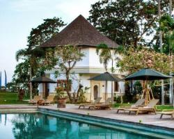 Avillion Villa Cinta @Sanur, Bali