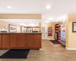 Hawthorn Suites Fort Worth University