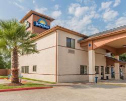 Days Inn by Wyndham Dickinson TX