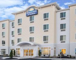 Days Inn by Wyndham Cadiz