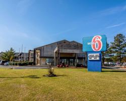 Motel 6 Kenly