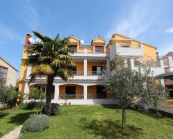 Apartments Malvina