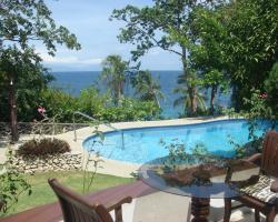 Padre Burgos Castle Resort