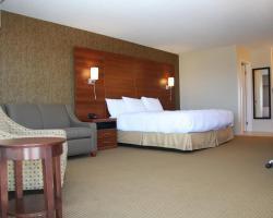 Budget Host Inn & Suites