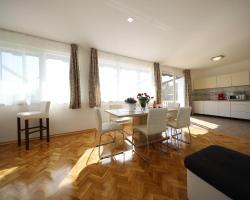 Apartments Como