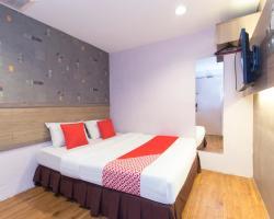 OYO 150 D'Garden Hotel