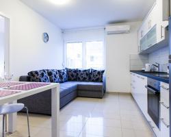 Apartments Kalelarga