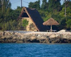 Dolphin Safari Lodge