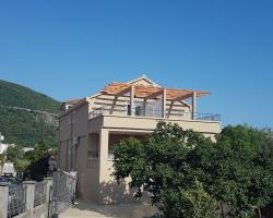 Apartments and Rooms Lijesevic