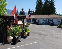 Creston Valley Motel