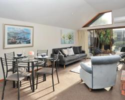 Gordon Villa 2 - Christchurch Holiday Homes