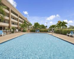 Super 8 by Wyndham Fort Myers