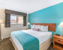 Howard Johnson Hotel & Suites by Wyndham San Diego Chula Vista