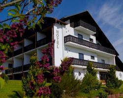 Hotel & Ferienwohnungen Seeschlößchen