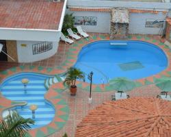 Hotel D' Leon Inn