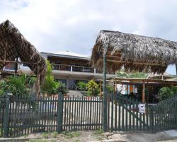 Donkey Den Guesthouse