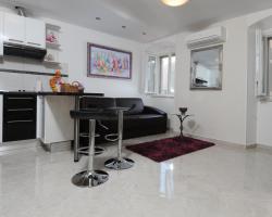 Luxury Apartment Orhideja