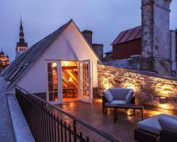 Old Town Luxury Penthouse Apartment