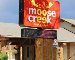 Moose Creek Lodge & Suites