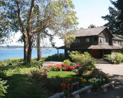 Captain Whidbey Inn