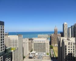 Homewood Suites Chicago Downtown - Magnificent Mile
